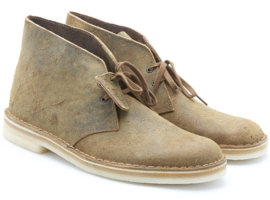 Clarks-Teak-Destroyed-Desert-Boot-01