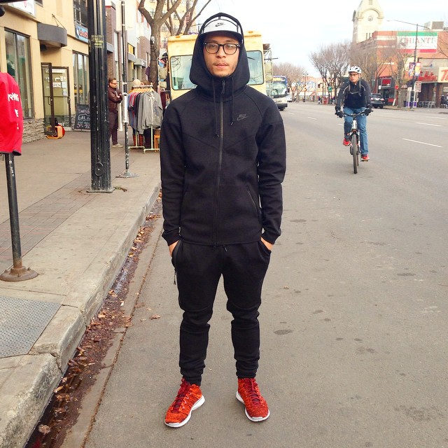 Black Tech Fleece Kit with Red Shoes